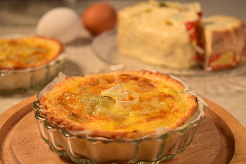 Pai med gorgonzola-ost og purrer