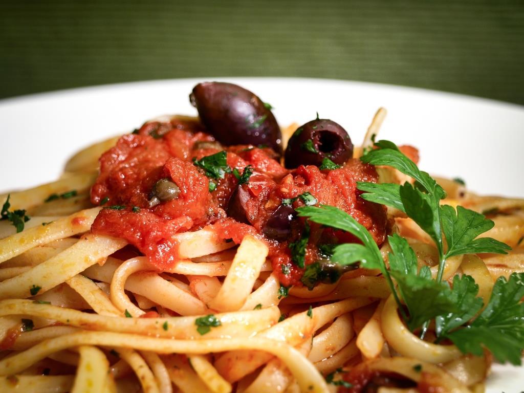 pasta_capperi_pomodori