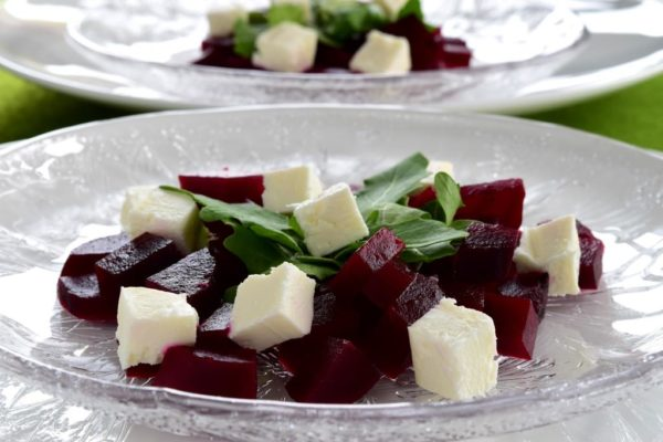 Rødbetsalat og ruccola