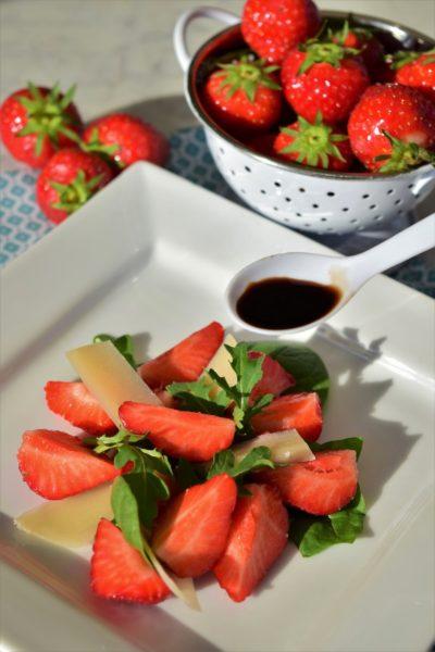 Jordbærsalat_med_parmesan