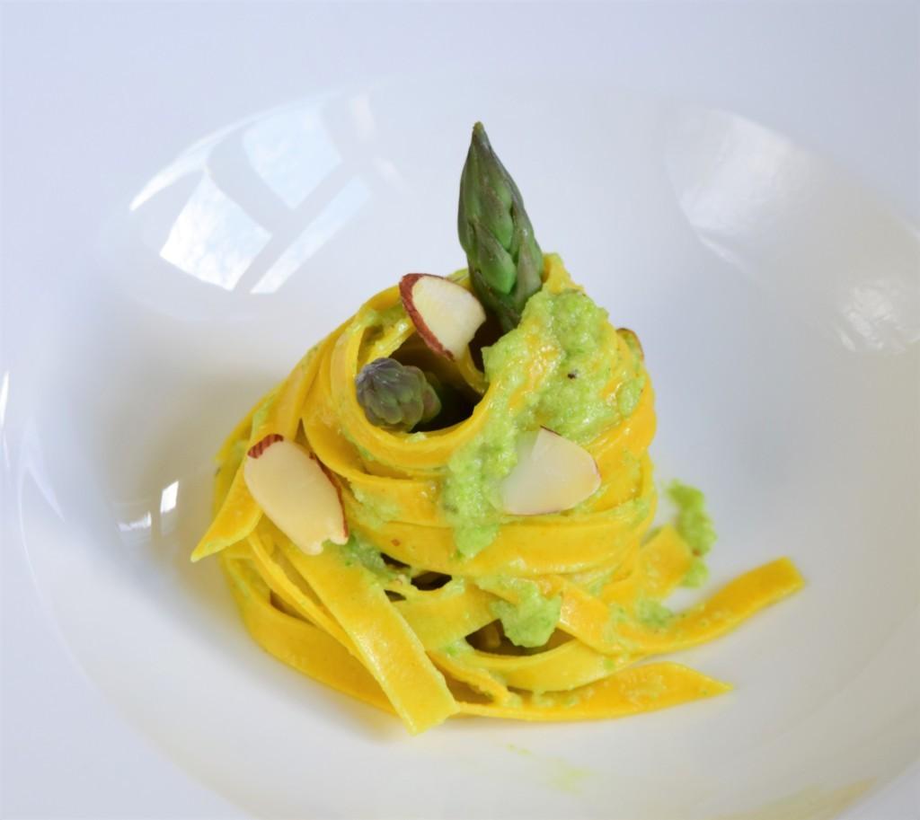 Tagliatelle asparagi