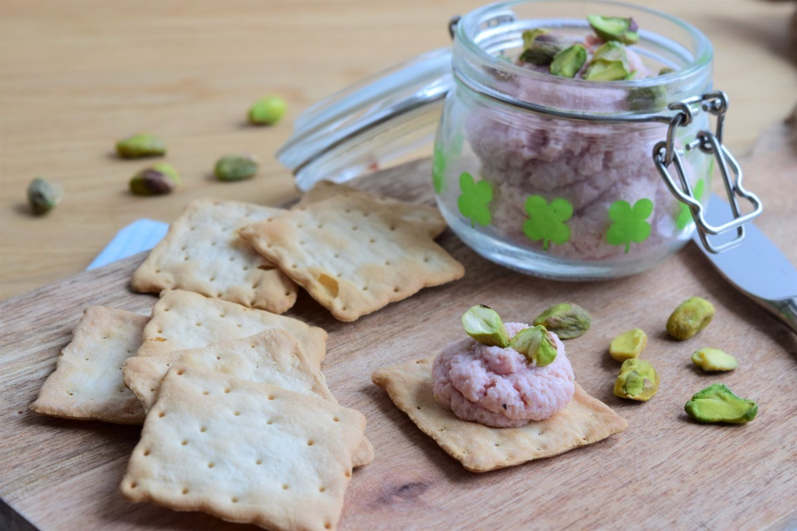 Mortadella mousse